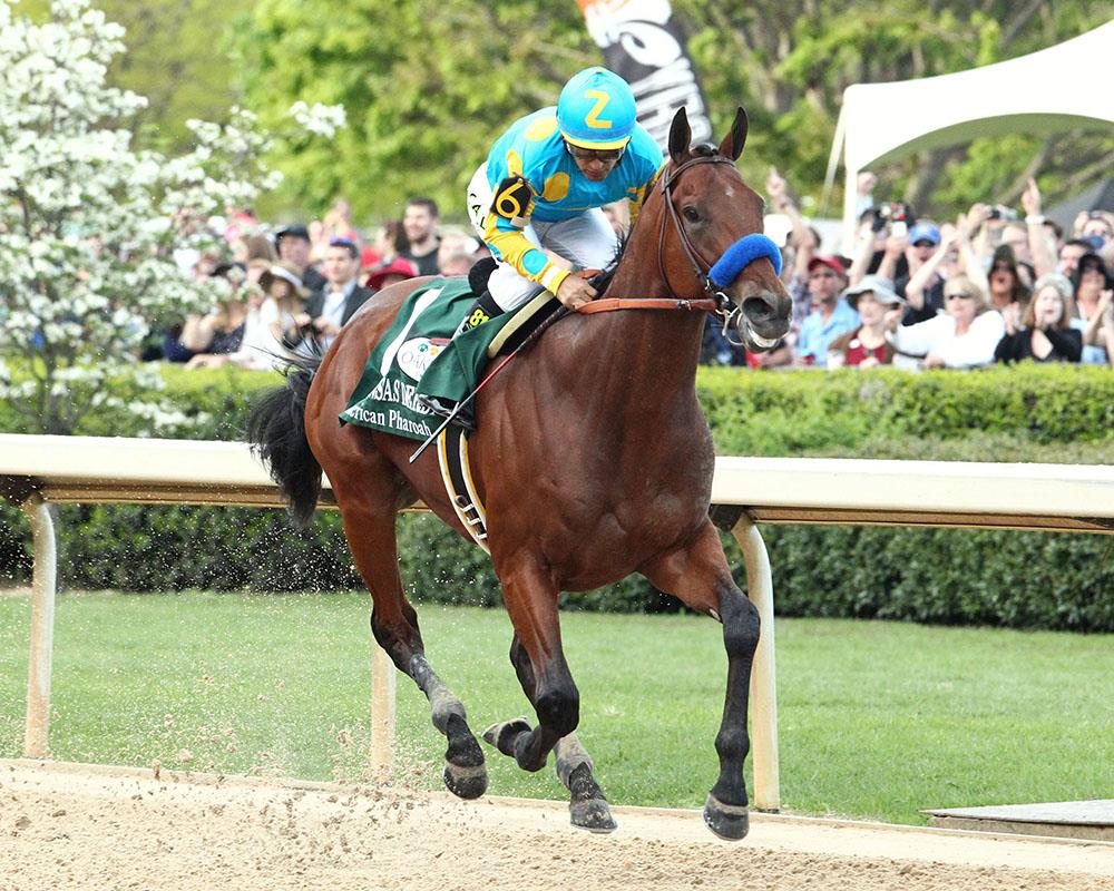 American Pharoah blitzes foes in Arkansas Derby (G1)