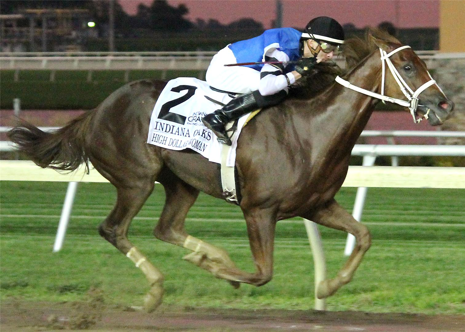 High Dollar Woman rings up win in Indiana Oaks (G2) title=